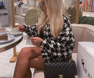 chanel black white, goal goals life, and sac bag bags image