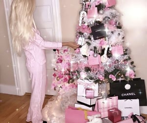 blondie, gifts, and ornaments image