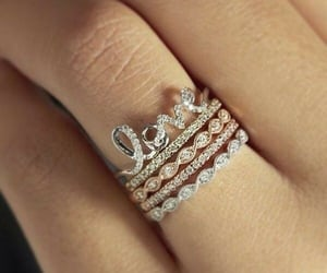 moda, anillo, and belleza image
