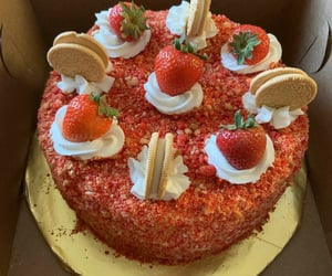 aesthetic, delicious, and strawberry shortcake image