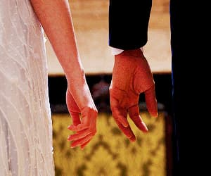 couple, gif, and hands image