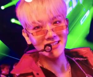 exo, light, and baekhyun concert image
