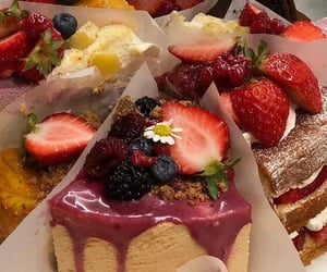 cheesecake, fruit, and decadent image