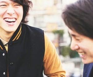 安田章大 and 丸山隆平 image