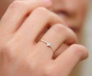 ring, engagement ring, and anillo de compromiso image