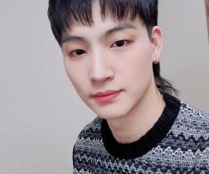 JB, 갓세븐, and def soul image