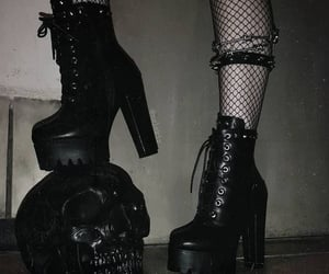 black, dark, and goth image