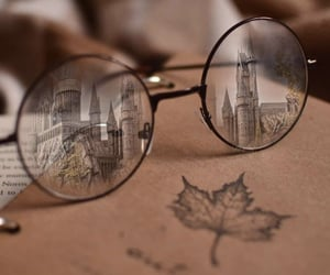 autumn, howgarts, and glasses image