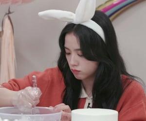 girls, lq, and jisoo image