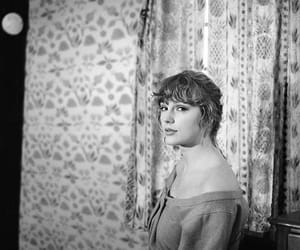 beauty, singer, and taylor image