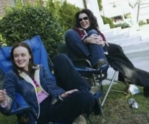 gilmore girls, alexis bledel, and Lauren Graham image