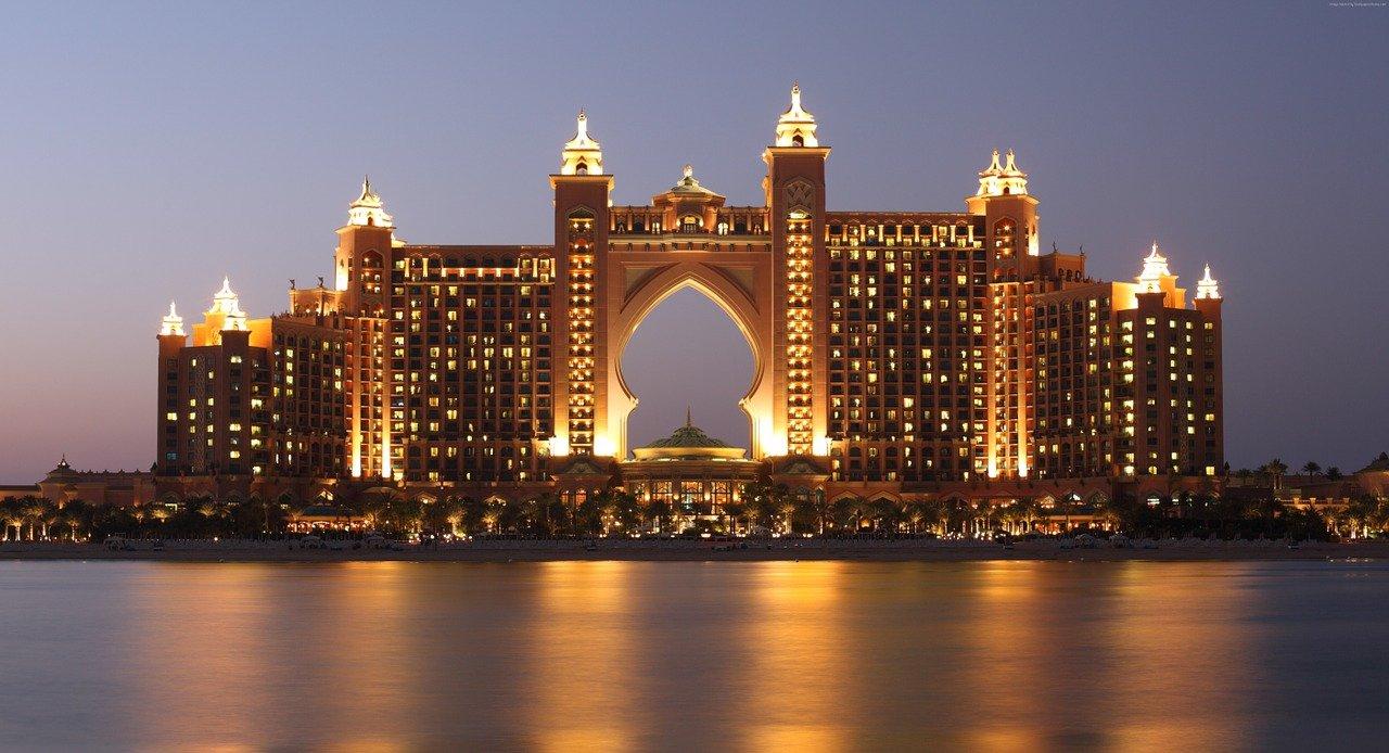 article, Dubai, and atlantis image