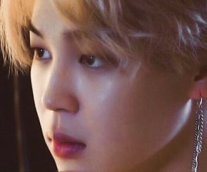 blonde hair, low quality, and tinie tiny image