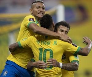 futebol, richarlison, and seleção brasileira image