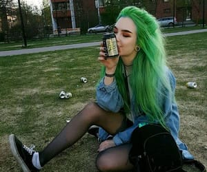 beauty, dyed hair, and e-girl image