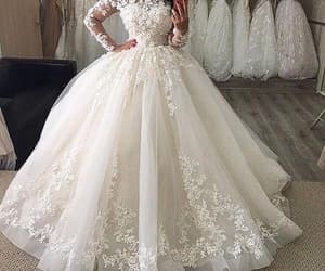 wedding ball gown, vestido de novia, and ball gown wedding dress image