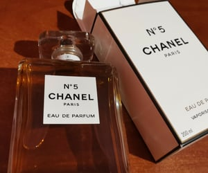 aroma, beauty, and chanel image