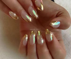 Modern Chrome French Manicure Ideas - Stylish Bellies | Pinterest