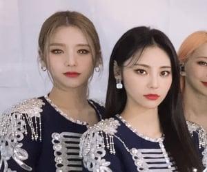 lq, heejin, and jinsoul image
