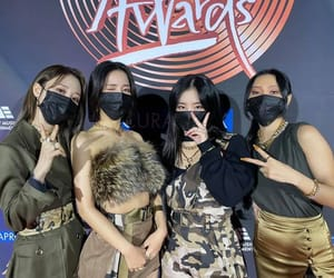 kpop, mamamoo, and moon byul-yi image