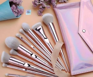 aesthetic, Brushes, and chic image