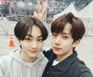 twitter, jungwon, and enhypen image