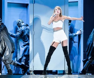 concert, music, and 1989 tour image