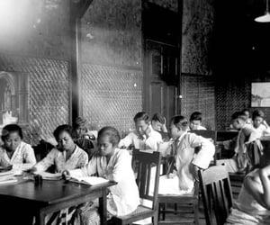 1931, guru, and sekolah image