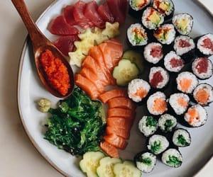 avocado, japanese food, and salmon roll image