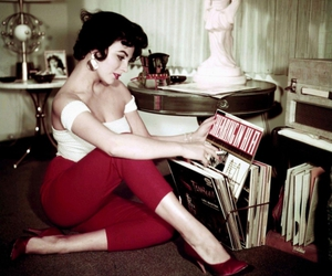 vintage, joan collins, and retro image