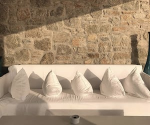 aesthetic and minimalist image