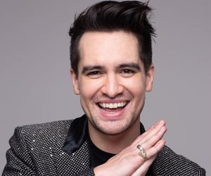 brendon urie, boys, and photoshoot image