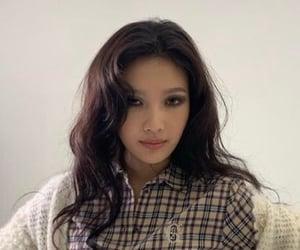 asian, korean, and red velvet image