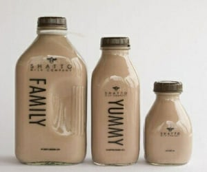 drink, beige, and yummy image