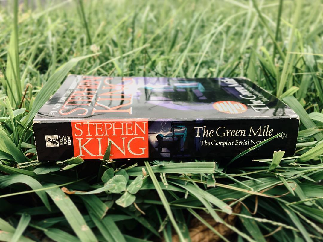 article, books, and Stephen King image