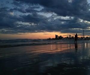 beach, mar, and por do sol image