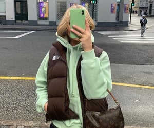 blonde, fashion, and iphone image