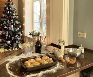 christmas, baking, and cinnamon rolls image