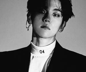 exo, baekhyun, and icon image