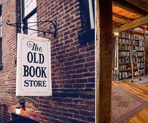 #books#autumn aesthetic#cozy library#book shop#cozy autumn