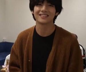 boyfriend, bts, and taehyung image
