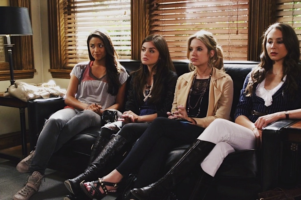 article, pretty little liars, and alison dilaurentis image