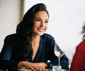 גל גדות, gal gadot, and wonder woman 1984 image
