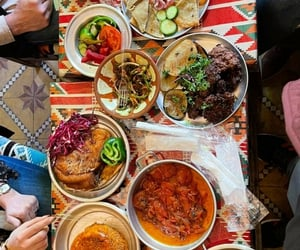 feast, food, and iraq image