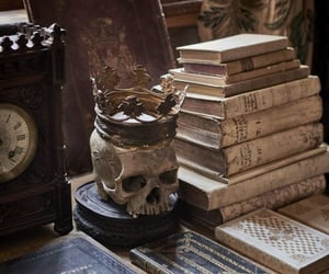 horror, short story, and article image
