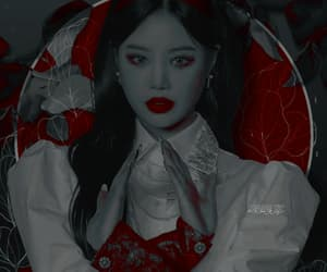 1/2 of a Soojin G-IDLE theme, please credit if you use