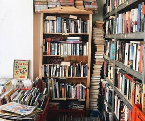 Jusy shut up and buy me books 😏