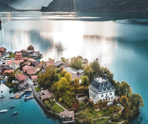 Iseltwald, Switzerland | aventouro