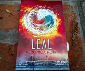 libros, leal, and veronica roth image