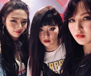 red velvet seulgi joy wendy